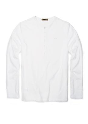 El básico más básico: camiseta fina de algodón blanco.