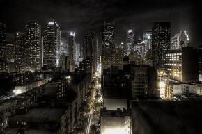 800px-New_York_City_at_night_HDR_edit1