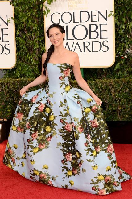 En el anuncio de Carolina Herrera puede quedar hasta bonito pero tú, Lucy Liu, pareces una mesacamilla hortera.