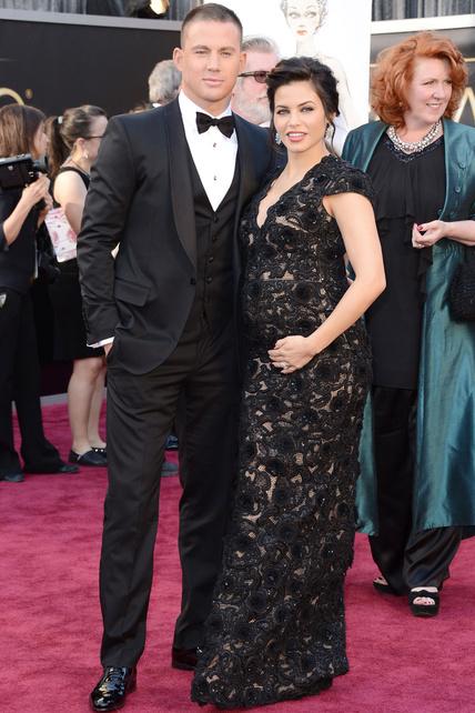 Jenna Dewan -pareja del tal Channing Tatum que está de moda aunque a mí no me entusiasma- demostró que se puede lucir embarazo en vez de ocultarlo. Bien.