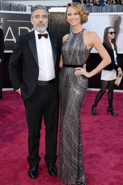 La Sra. de Clooney es espectacular por sí misma, pero es que además sabe lucirse. BRAVO.