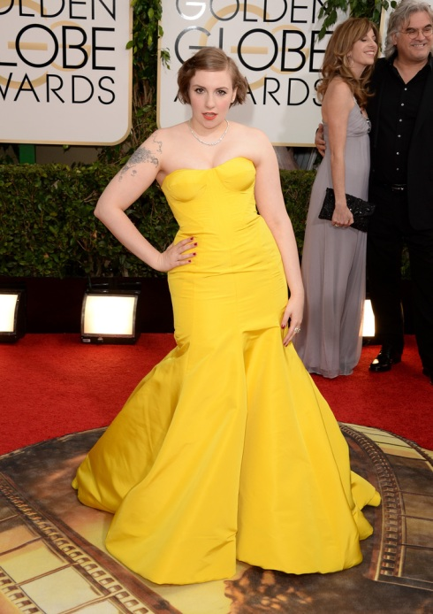 Lo de Lena Dunham no tiene salvación. Ni la tela, ni el color, ni la forma, ni la pose, ni el tatoo horrible. No se salva NADA.