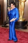 Liza, con lo que tú has sido y ahora te me pones un saco azul eléctrico.