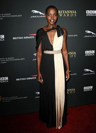 Mejor vestidas 2014 - Lupita Nyongo - vestido bicolor