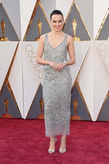 DaisyRidley_Oscars2016