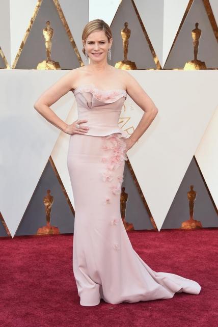 JenniferJason_Rodarte_Oscars2016
