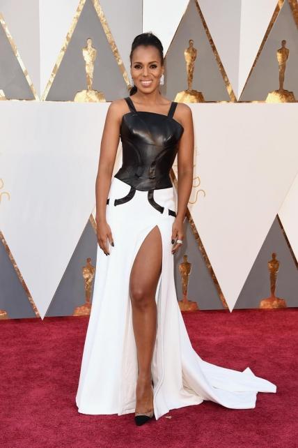 KerryWashington_Versace_Oscars2016
