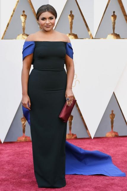 MindyKaling_Oscars2016