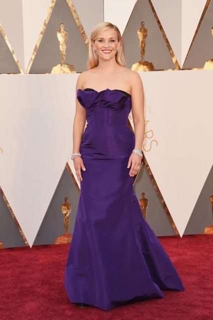 ReeseWitherspoon_Oscardelarenta_Oscars2016
