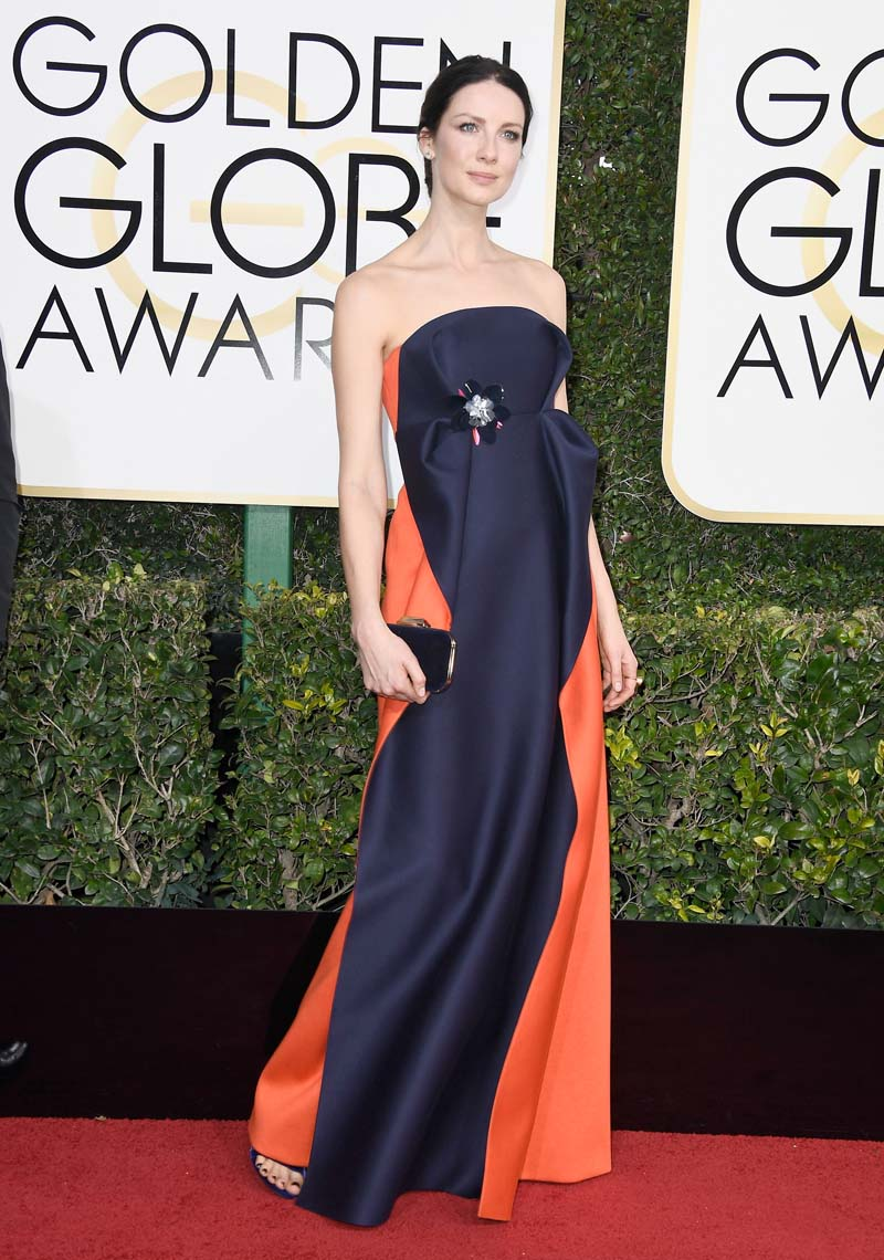 Gracias, Caitriona Balfe, por poner un Del Pozo sobre la alfombra roja. Aunque no es mi favorito, vas directa a la lista de las mejor vestidas.