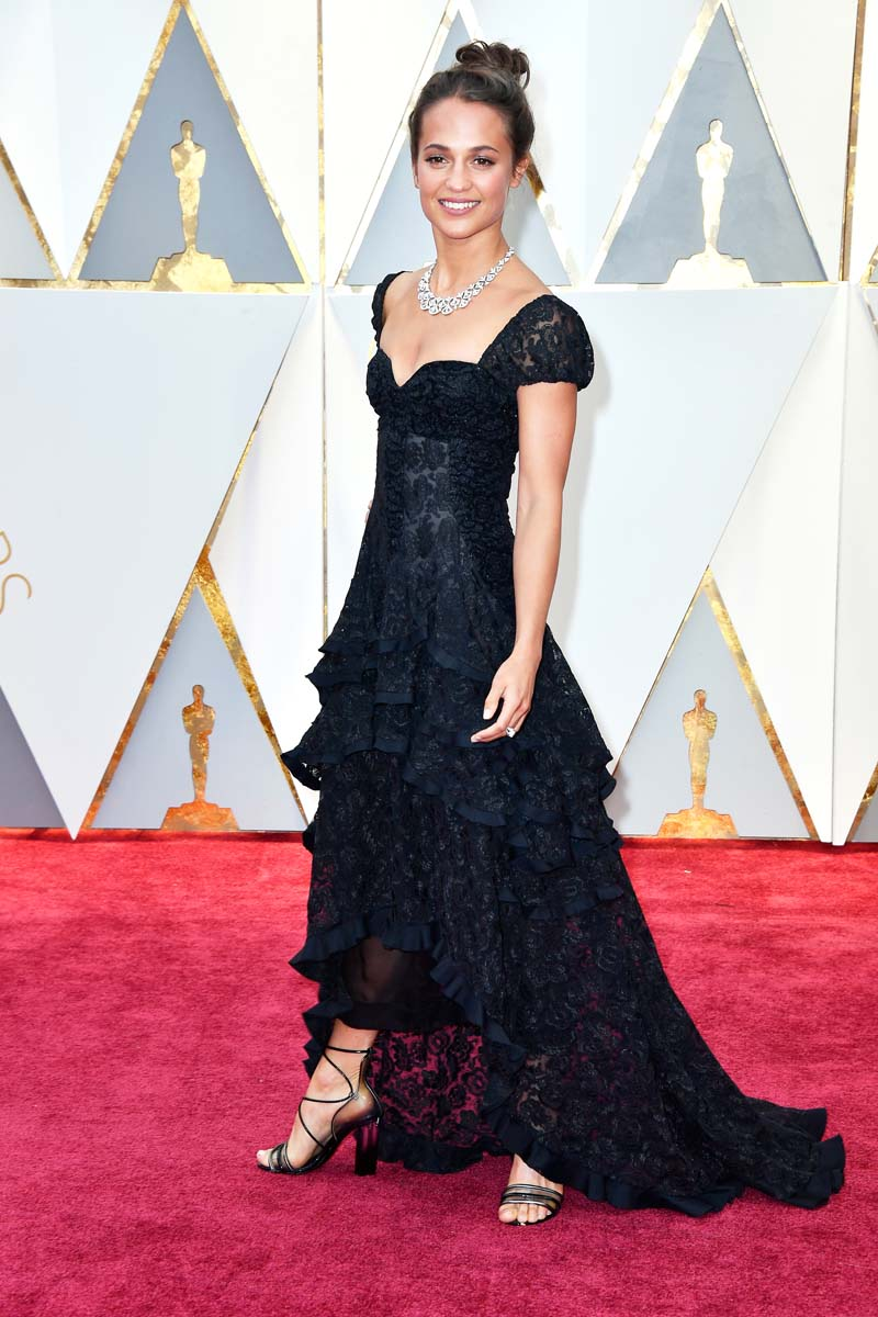 HOLLYWOOD, CA - FEBRUARY 26: Actor Alicia Vikander attends the 89th Annual Academy Awards at Hollywood & Highland Center on February 26, 2017 in Hollywood, California. (Photo by Frazer Harrison/Getty Images)